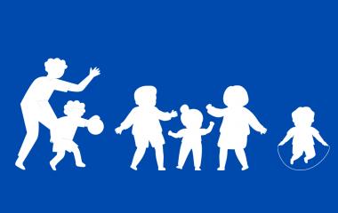 Liikuntaa lapsen kanssa – viisi vinkkiä arkiliikuntaan ulkona ja sisällä